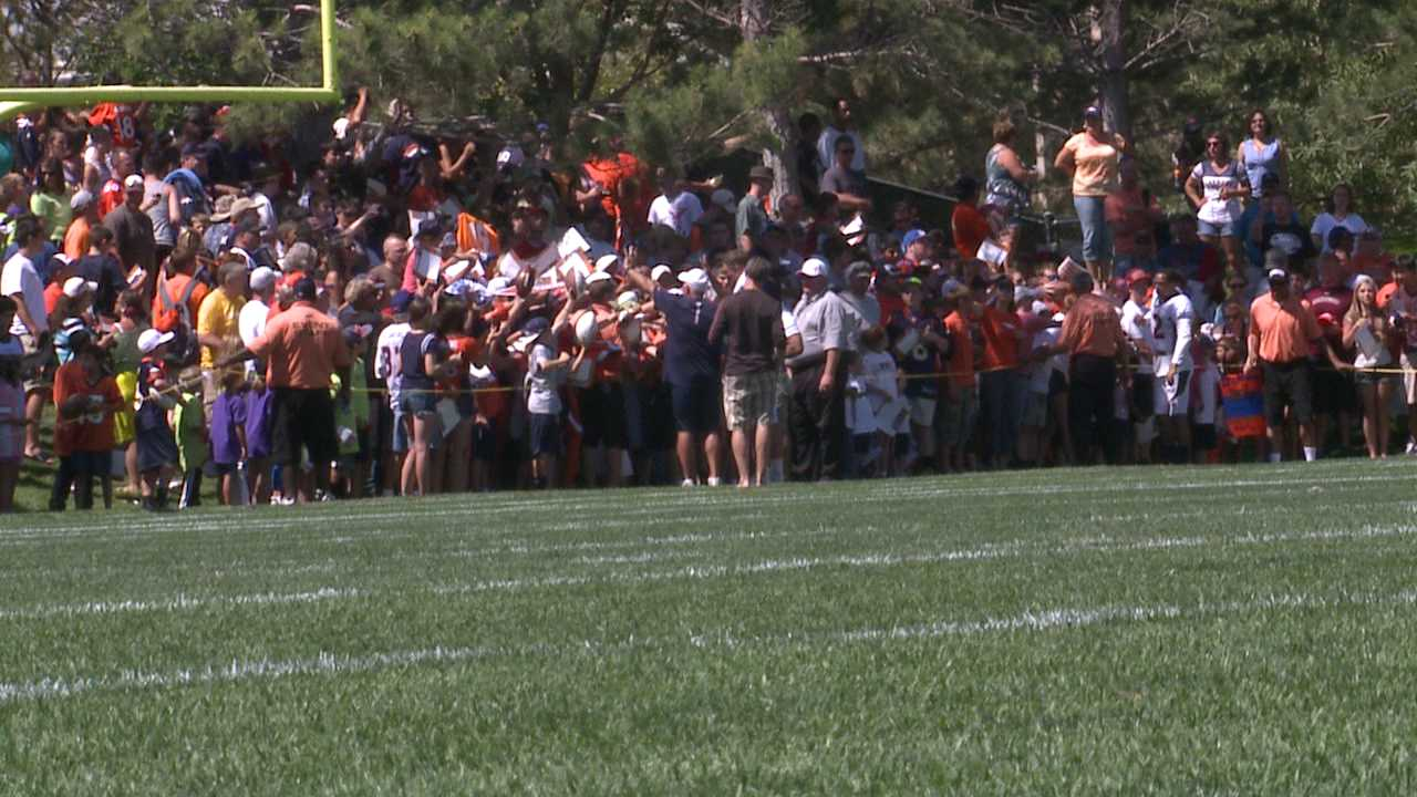 More than 5,000 fans attend Broncos practice. August 2, 2012