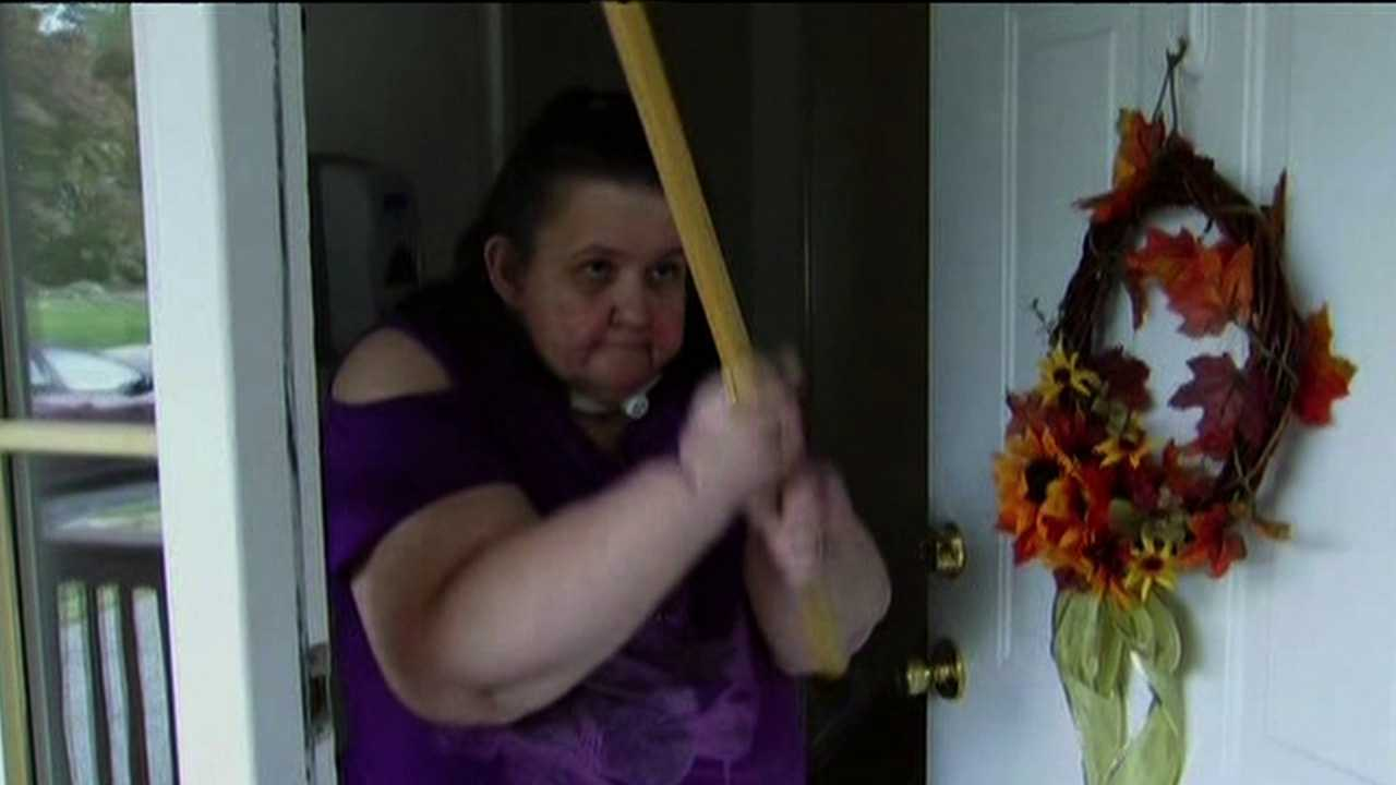 Woman fends off burglar with her cane (WTXF-TV)
