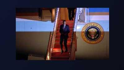 President Barack Obama arrives in Denver. Sep. 12, 2012