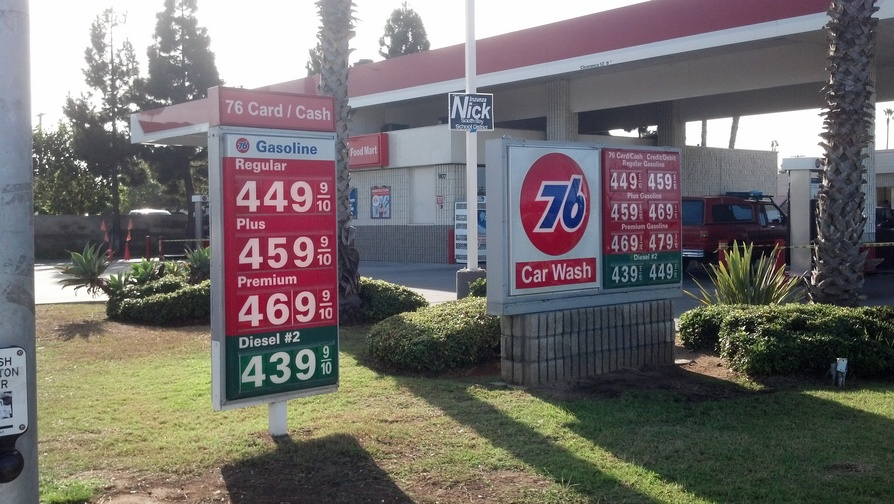 Analysts are predicting the cost of oil to drop. But gas prices may not necessarily drop too. (Photo: CNN)