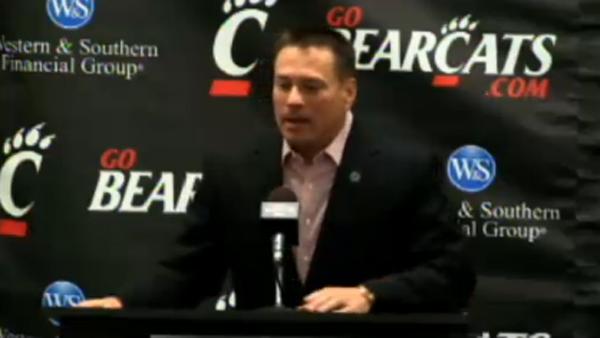 University of Cincinnati head football coach Butch Jones speaks at his weekly press conference on Dec. 4, 2012. (Photo: LiveStream.com)