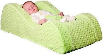The deaths of five infants and dozens of injuries or falls have led federal regulators to stop the sales of a popular baby recliner.
