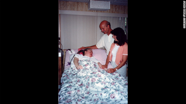 """Renowned self-help author Wayne Dyer and his wife, Marcelene, visiting Edwarda in 1996; Dyer wrote a book, """"A Promise Is A Promise,"""" about Kathryn's unconditional love. (CNN)"""
