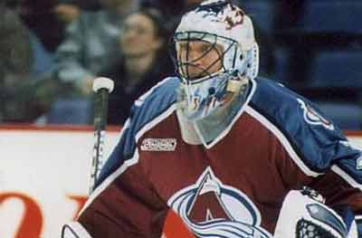 Patrick Roy tends goal for the Colorado Avalanche in 1999. Photo: Rick Dikeman/GFDL