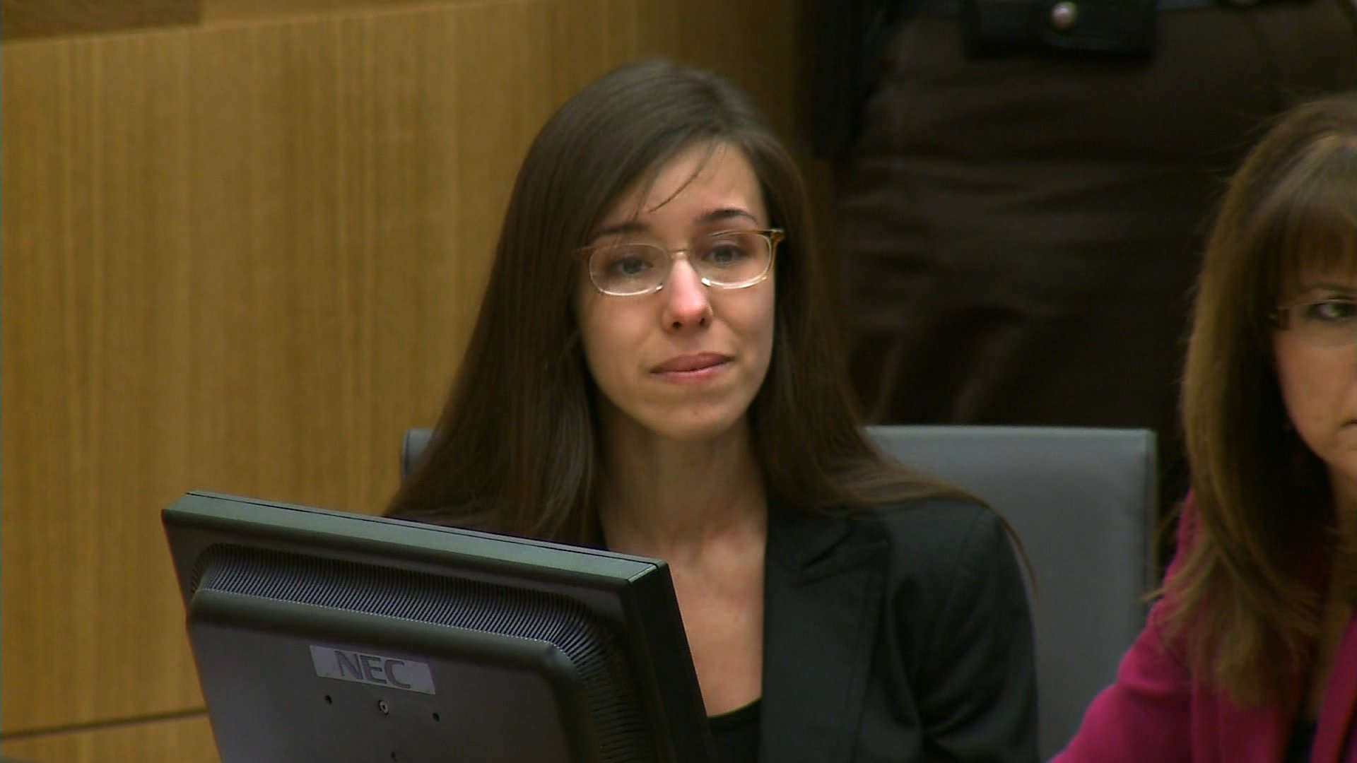 An Arizona jury Thursday said it was unable to reach a unanimous agreement and would be unable to decide what penalty Jodi Arias should receive for killing her ex-boyfriend. (Credit: CNN)