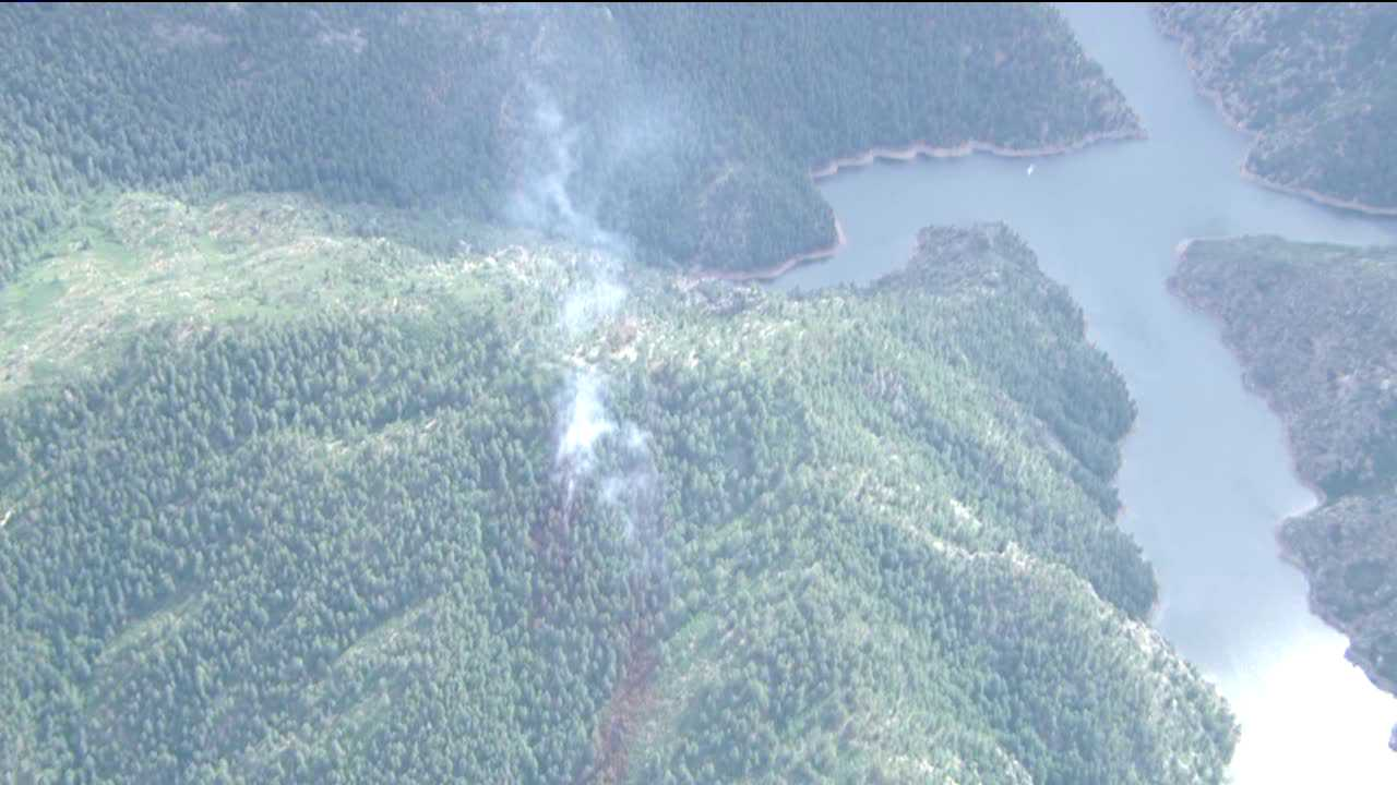 The Jefferson County Sheriff's Office is sending level 1 evacuation notices to 103 houses in the Maxwell Hills subdivision due to a fire near the Strontia Springs Reservoir.