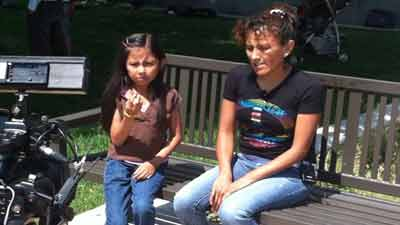 Jeanette Vizguerra with her daughter