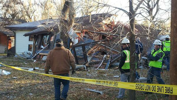 Authorities respond to the scene of a home explosion in Boulder on the morning of Nov. 15, 2013. (Photo: Boulder Daily Camera / Mitchell Byars)