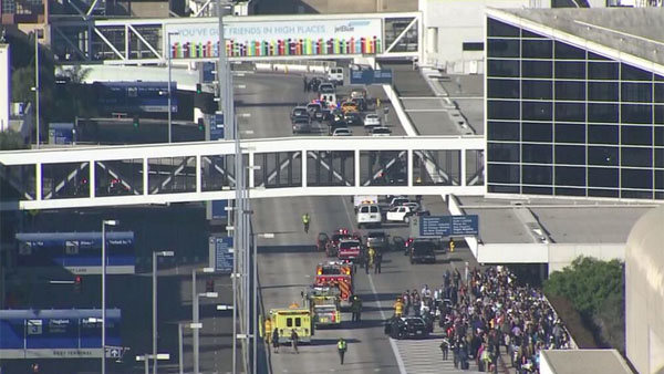 Police gather at the scene of a reported shooting at Los Angeles International Airport on Nov. 1, 2013. (Photo: Twitter / KTLA)