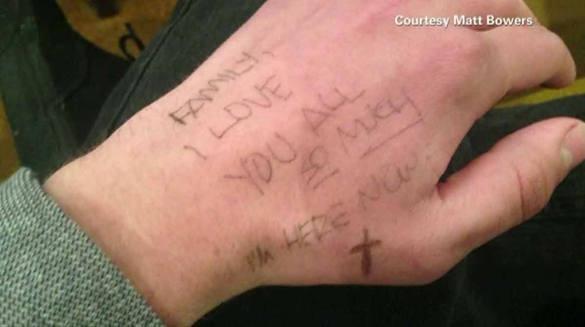 Arapahoe H.S. tudent writes not to family on hand when gunfire began in hallway. Photo: Matt Bowers