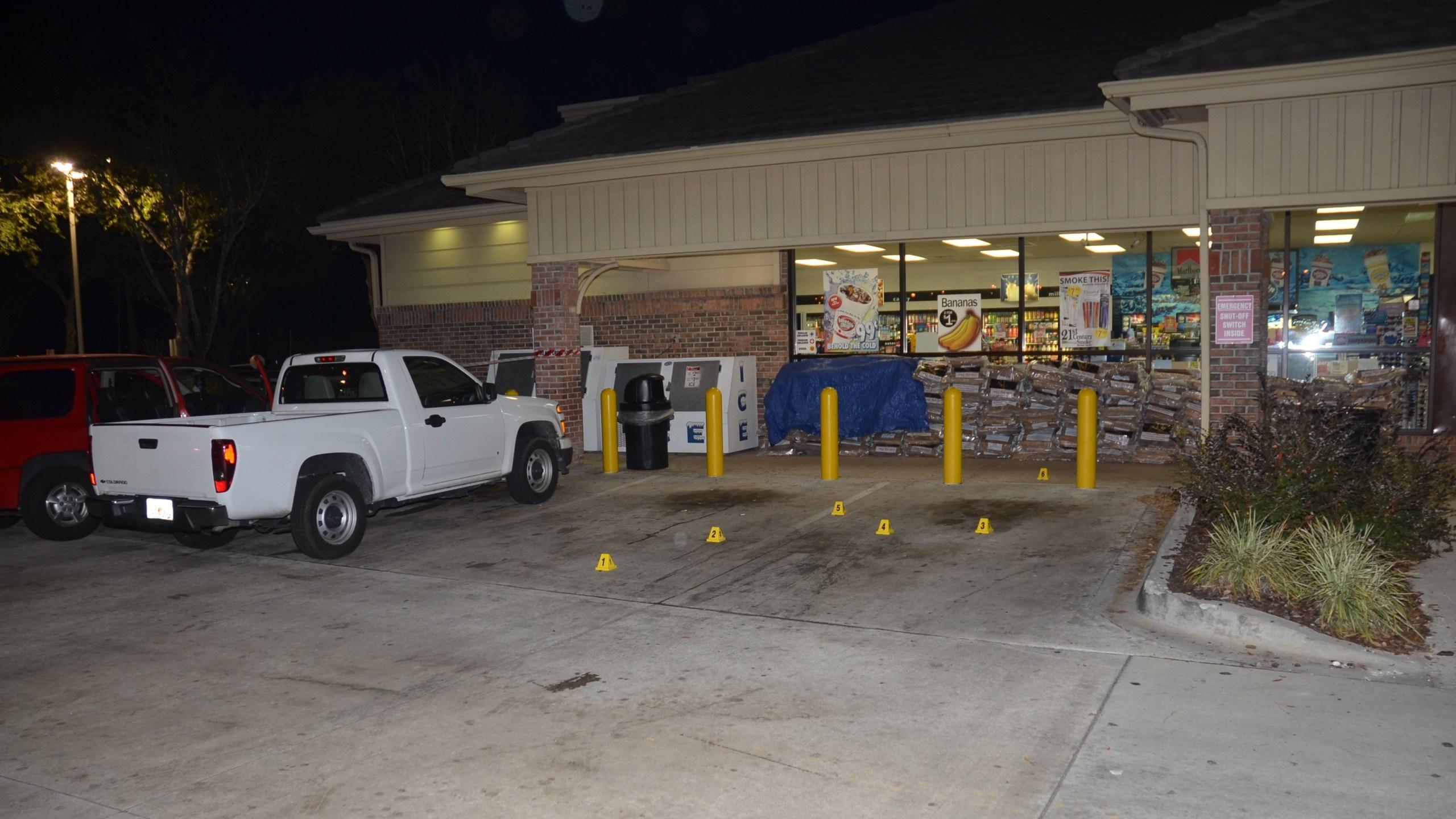 The Jacksonville sheriff collects evidence in the Jordan Davis murder case. (Photo: CNN)
