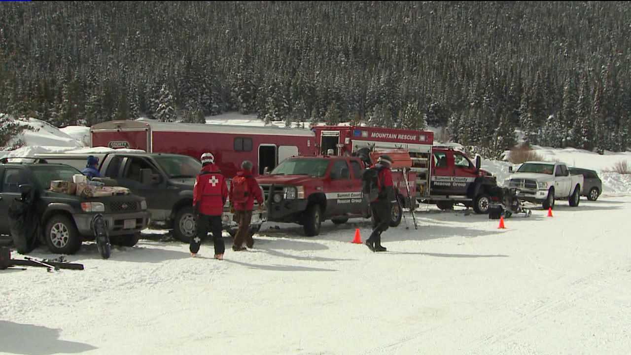 Rescuers search for missing skier near Keystone