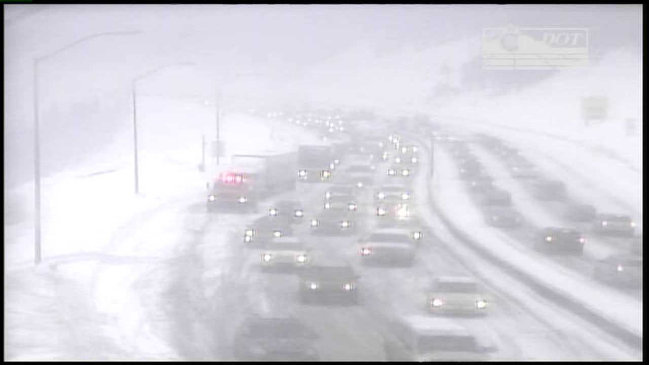 Snow on I-70 in mountains slows traffic
