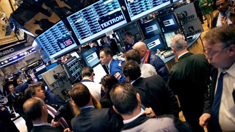 New York Stock Exchange traders. Photo: Andrew Bergmann/CNNMoney