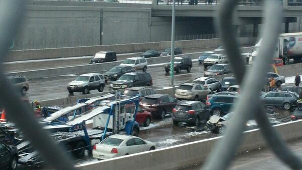 Multiple cars were involved in an accident on I-25 that killed one on March 1, 2014. (Photo: Kayla Nikole/@KayKayNikol)