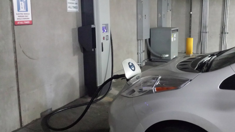 Denver's first quick charging stations for EVs were installed downtown, Denver Public Works and Denver Environmental Health announced April 8, 2014. (Photo: Courtesy City of Denver)