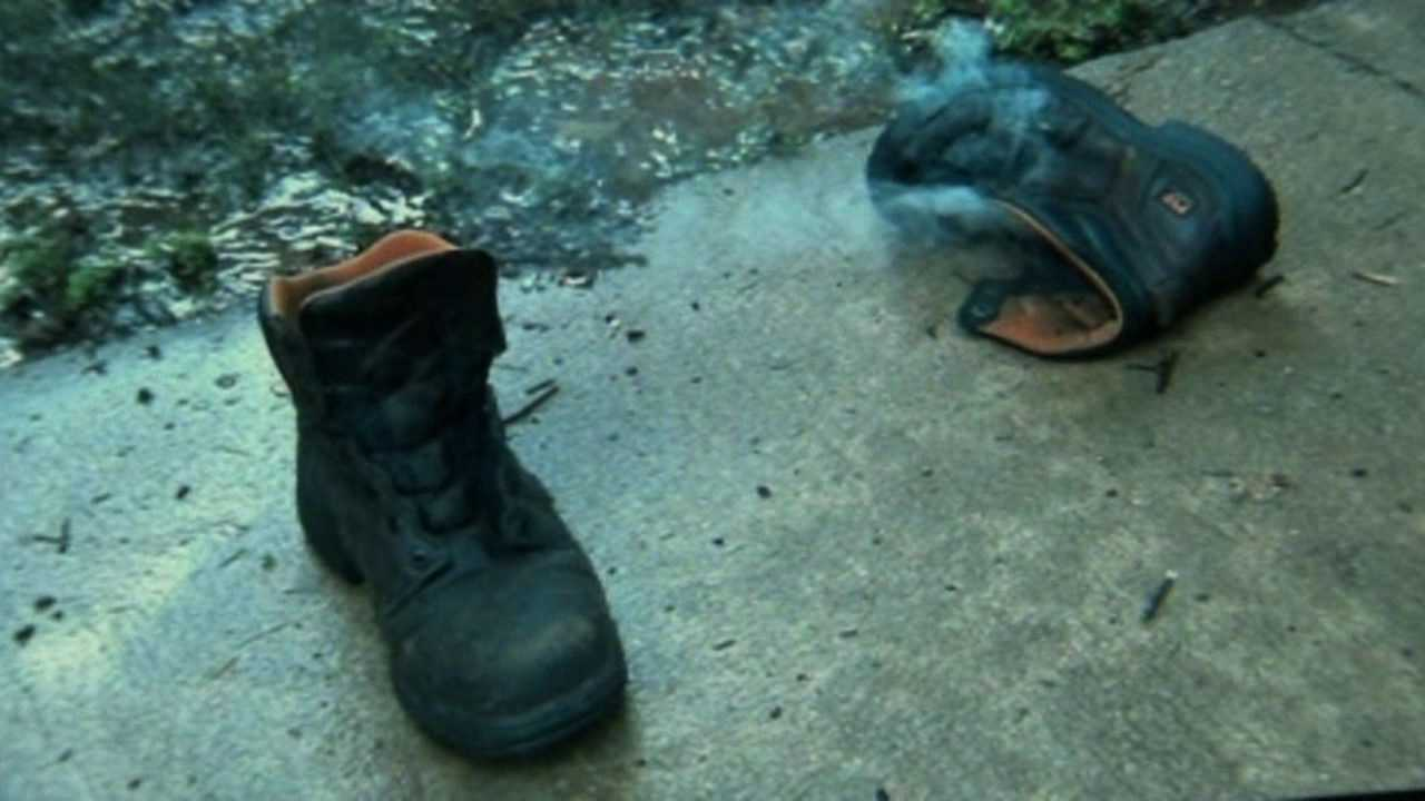 Man takes pictures after lightning blows him out of his shoes