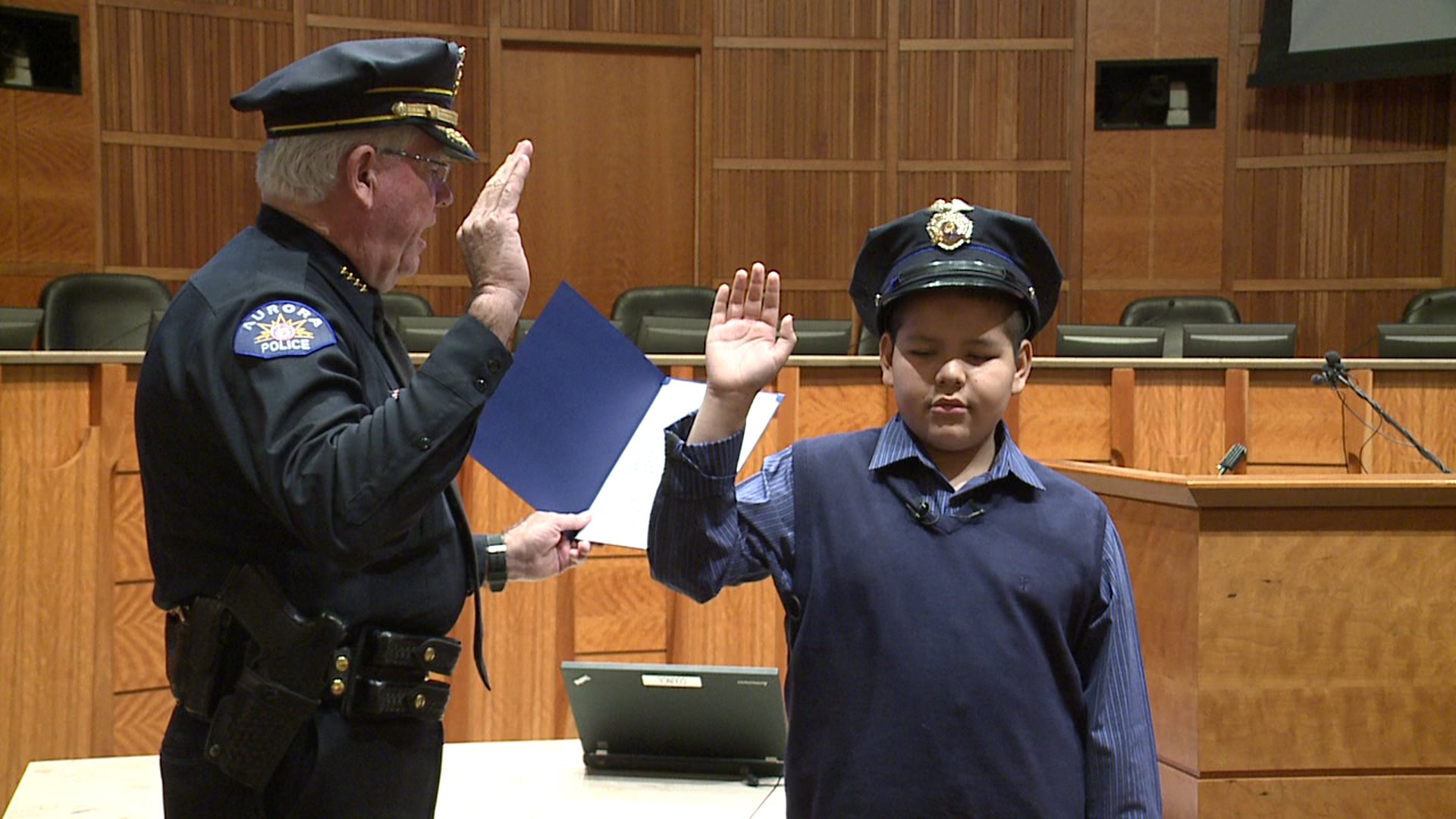 Gabe Santistevan sworn in as Aurora police officer