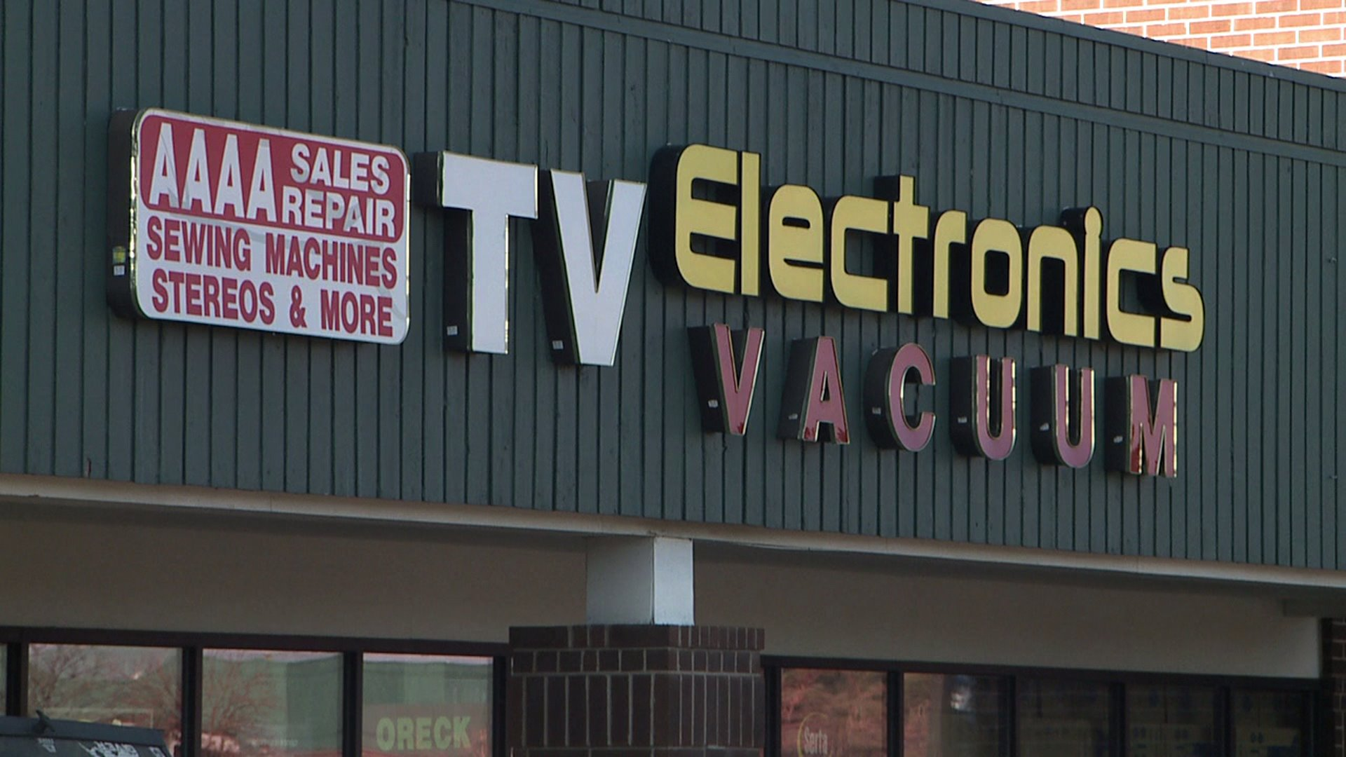 AAAA TV, Electronics and Vacuum