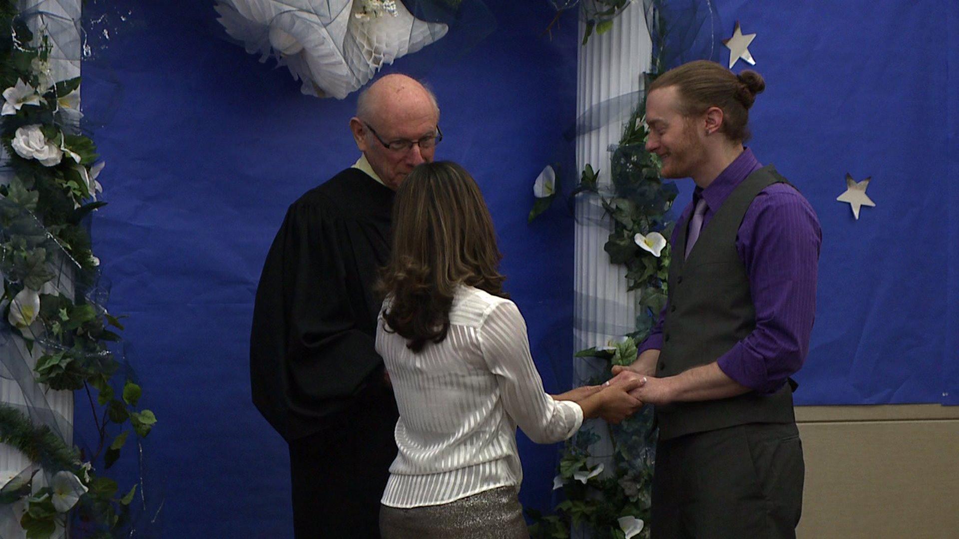 Free weddings in Denver for Valentine's