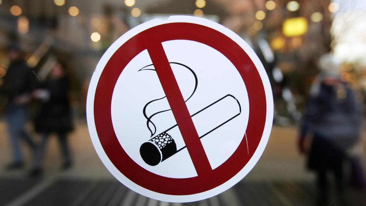 COVID-19 χειρότερα για τους καπνιστές, Ε-τσιγάρο χρήστες