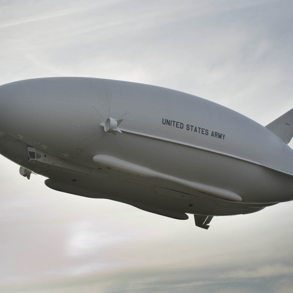 The Airlander 10 is a hybrid airship designed by UK-based firm, Hybrid Air Vehicles. The lightweight airship can carry up to 10 tons and stay in the air for five days continuously.