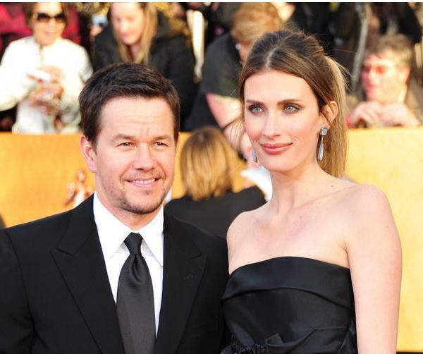 Actor Mark Wahlberg walks the red carpet at the 17th Annual Screen Actors Guild Awards in Los Angeles. (Photo: CNN)