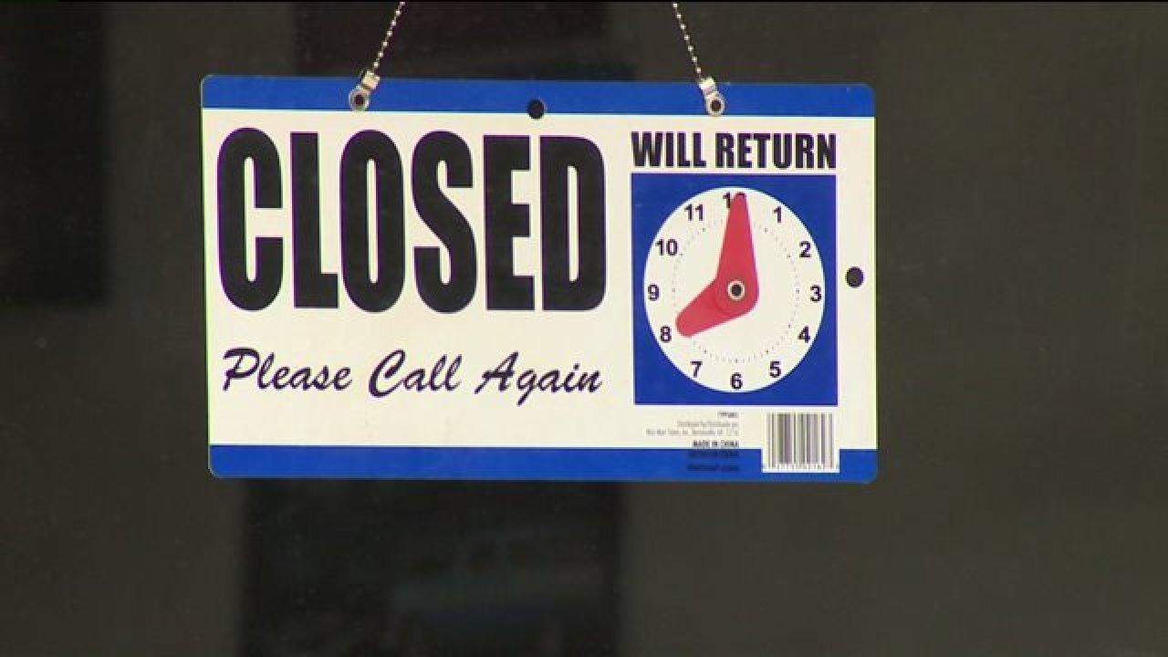 Liste: Was ist geschlossen, was geöffnet während Denver die stay-at-home, um