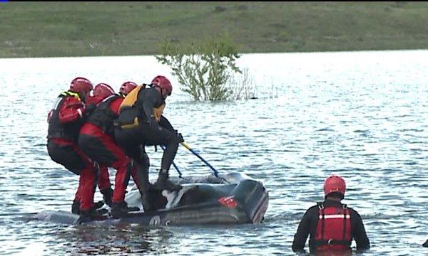 Swift water rescue training at Bear Creek Lake Park