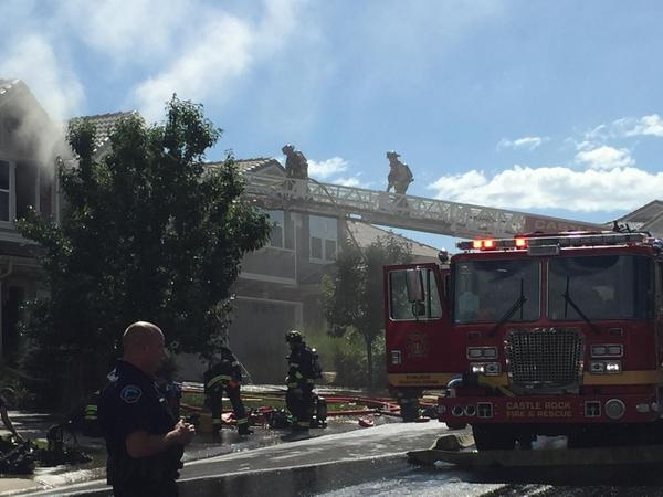 Fire on July 21, in Meadows Neighborhood of Castle Rock, Colo. (Photo: Chris Jose)
