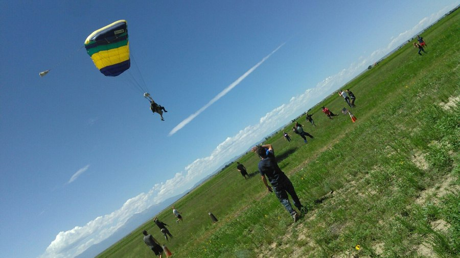Man in wheelchair goes sky diving for his birthday. (Photo: Greg Nieto)