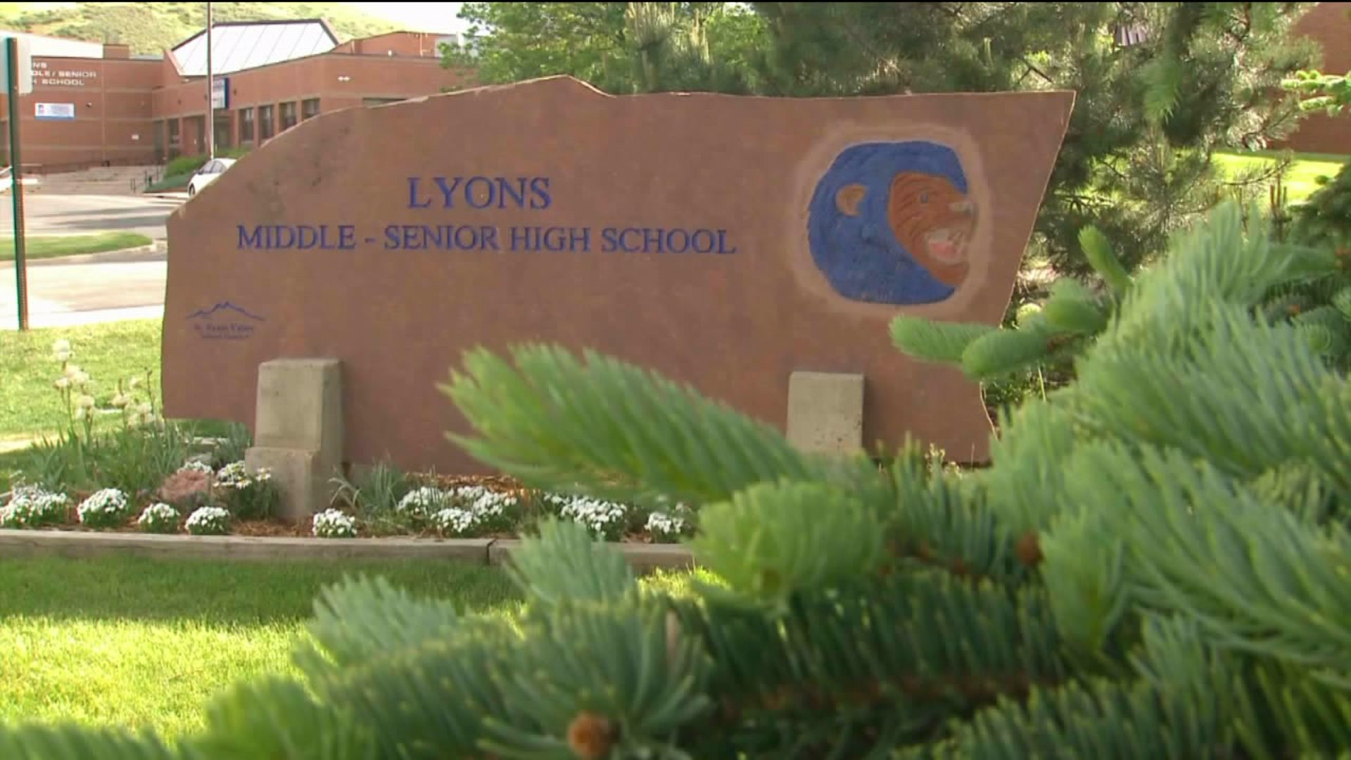 Concerns Raised Over Proposal To Store Ar 15 Rifles At 2 Remote High Schools Fox31 Denver