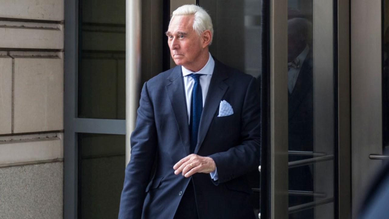 Ο κ. Roger Stone καταδικάστηκε σε 40 μήνες στη φυλακή εν μέσω Ατού καταγγελίες εναντίον των εισαγγελέων