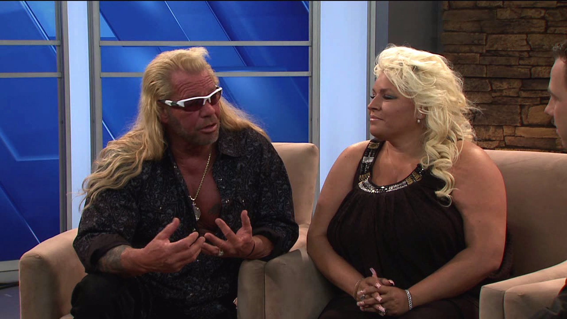 Beth Chapman From Dog The Bounty Hunter Is In A Medically