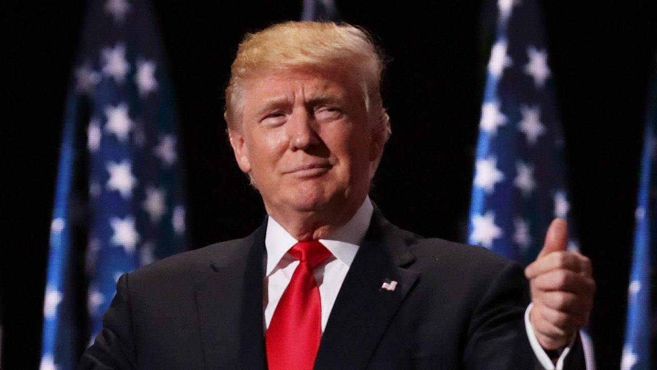 WATCH LIVE: Präsident Trump erhält briefing auf coronavirus von den Centers for Disease Control and Prevention