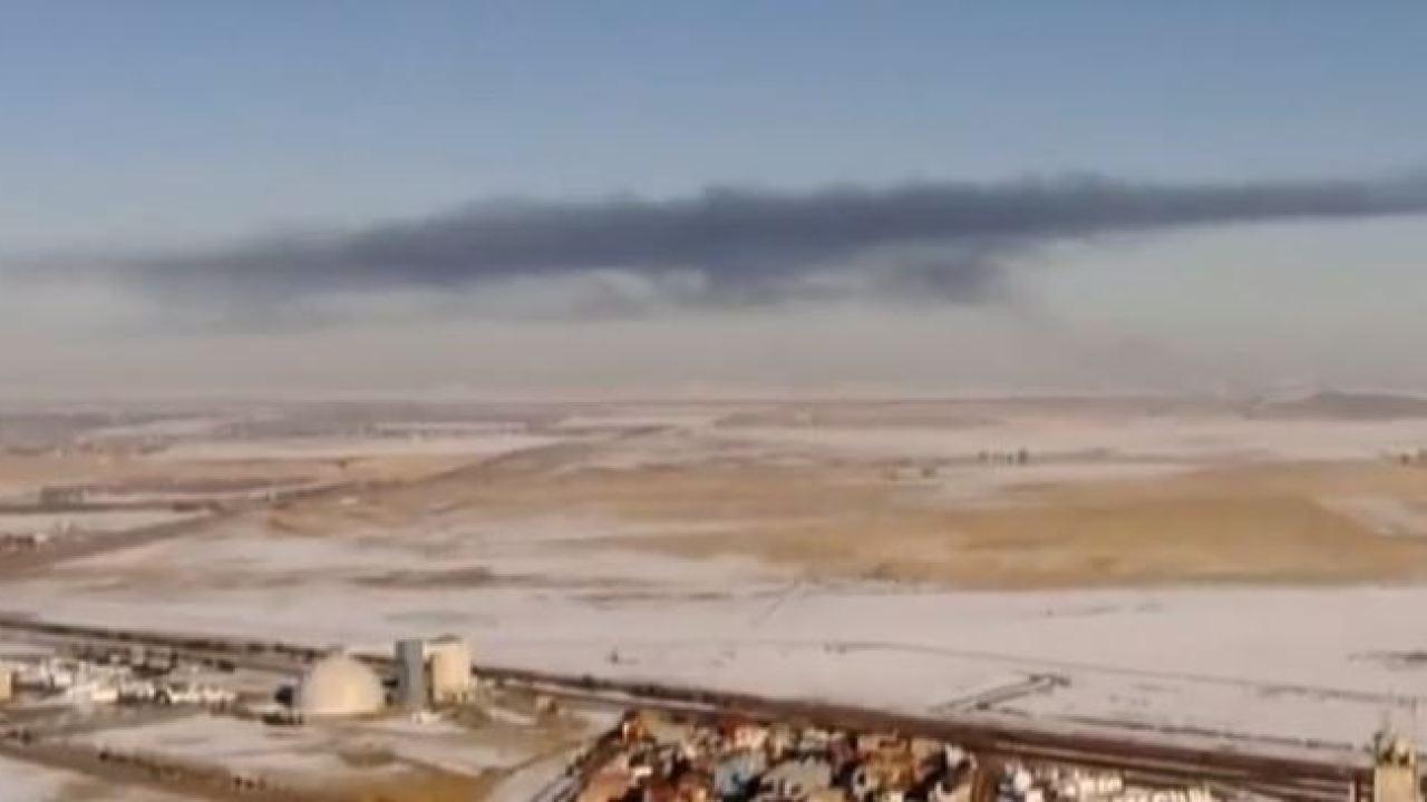 Mannschaften reagieren zu großes Feuer auf Mülldeponie in der Nähe von DIA