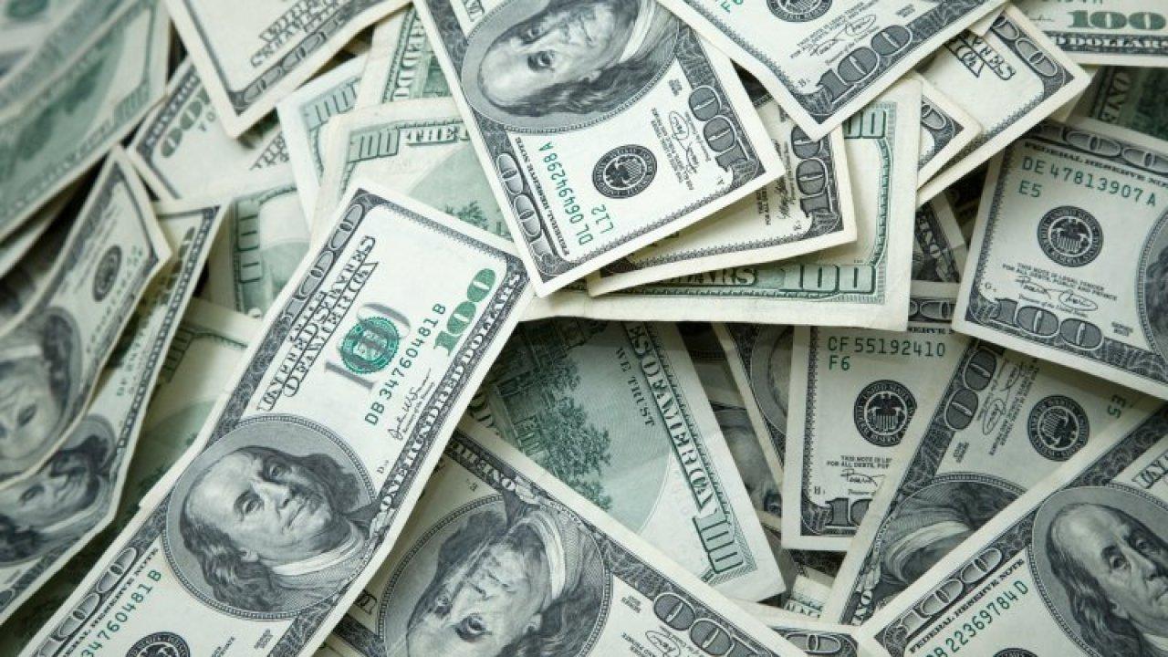 Mann gewinnt 10-Millionen-Dollar-Lotterie-Preis von scratch-off ticket gekauft bei California CVS