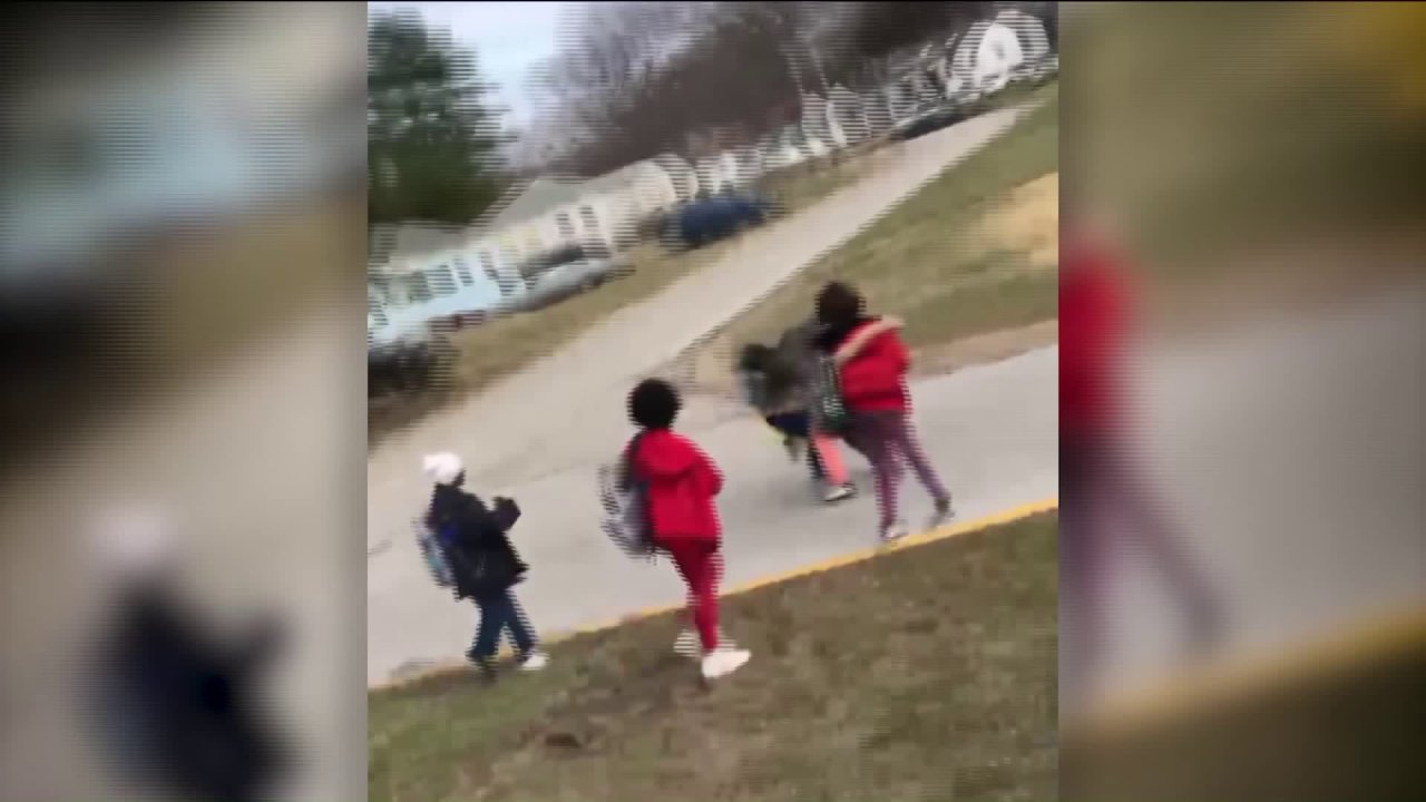 Missouri übergeordneten zieht Pistole auf Schule bus FFF-school-Administratoren reagieren