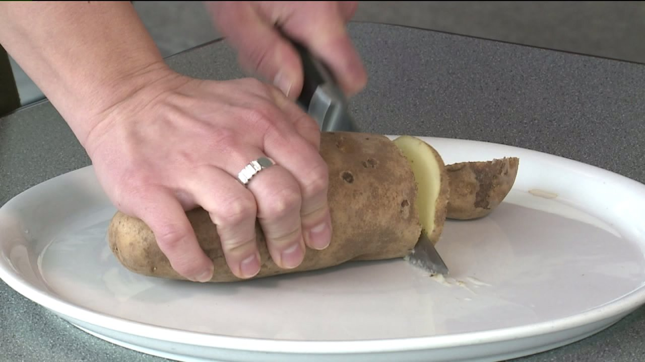 Denver area woman ends up in ER after eating poisonous green potatoes