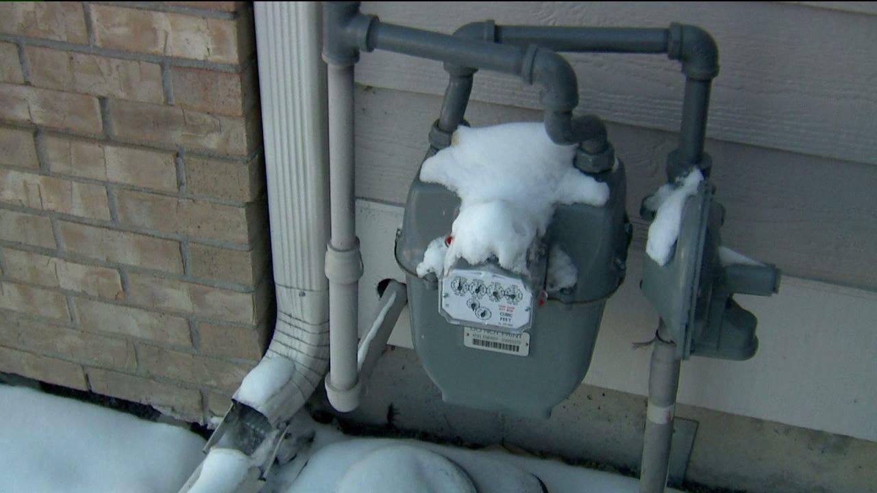 Gas meter dicuri dari Aurora keluarga rumah