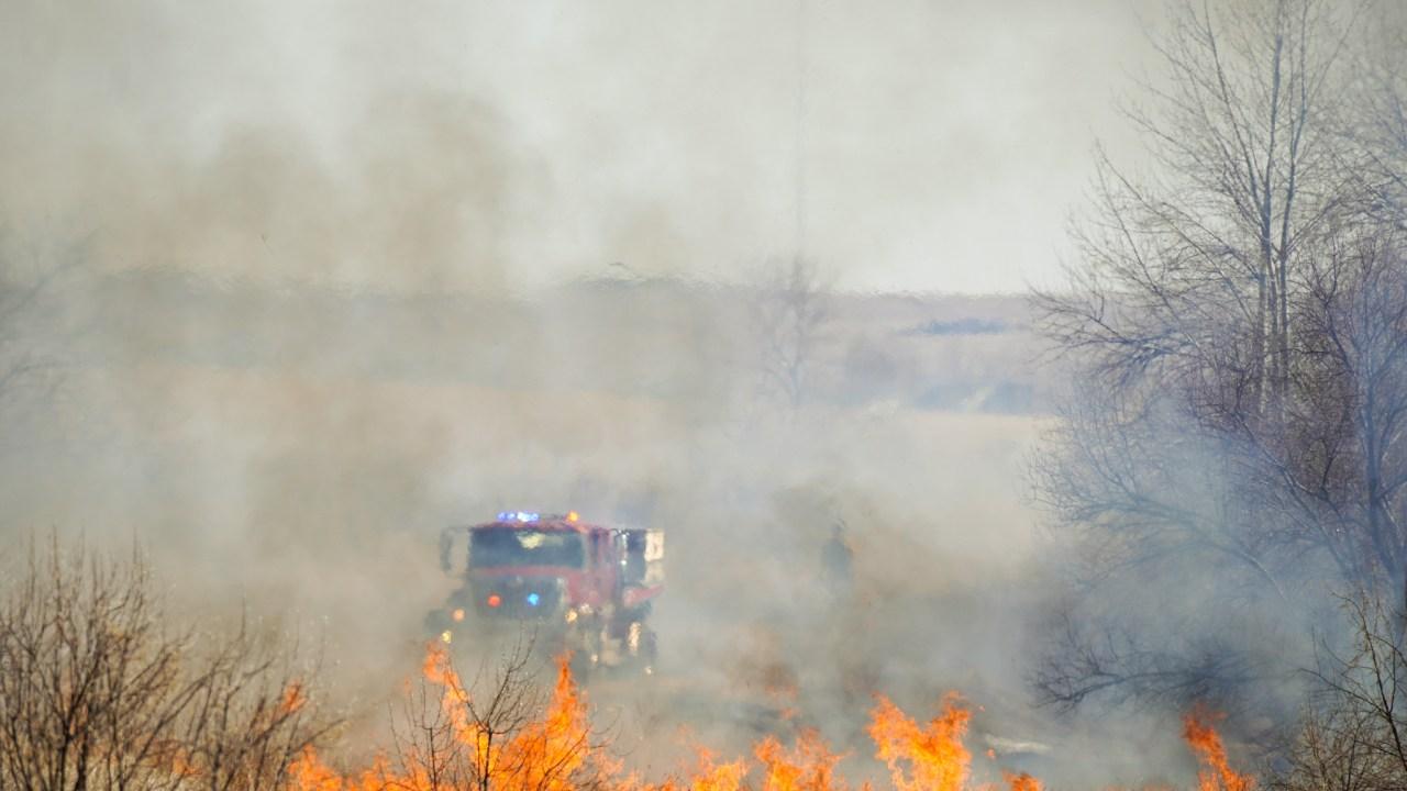 Setiap musim sekarang musim kebakaran di Colorado, petugas pemadam kebakaran mengatakan