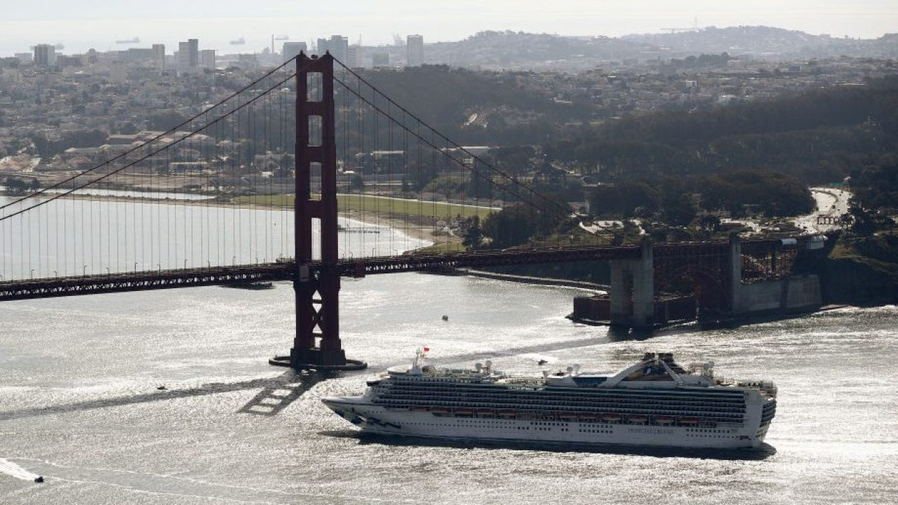 Kreuzfahrtschiff beeindruckt von coronavirus zieht nach Kalifornien und port