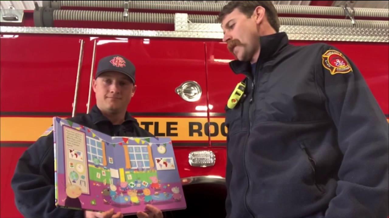 Castle Rock pemadam kebakaran bergabung #BooksandBadges gerakan, bacaan untuk anak-anak secara online