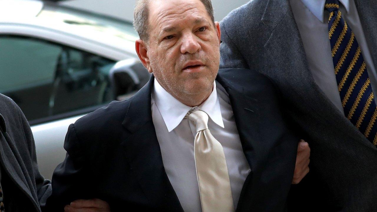Ο χάρβεϊ Γουάινστιν καταδικάστηκε σε 23 χρόνια φυλακή
