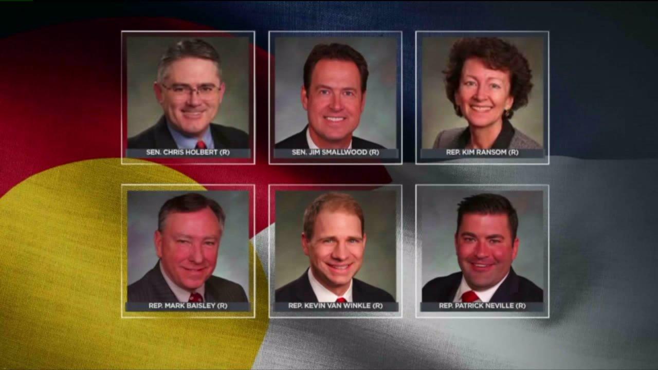DougCo ΔΑΠ νομοθέτες κλήση στην κομητεία να φύγει Tri-County Υγείας εξής διαμονή-στο-σπίτι, ώστε
