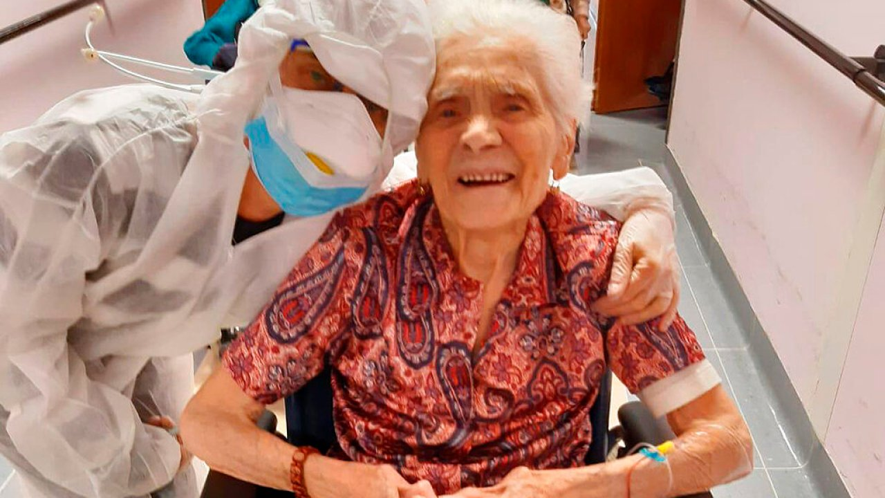 103 tahun buyut mengatakan keberanian, hidrasi, iman membantu mengalahkan coronavirus