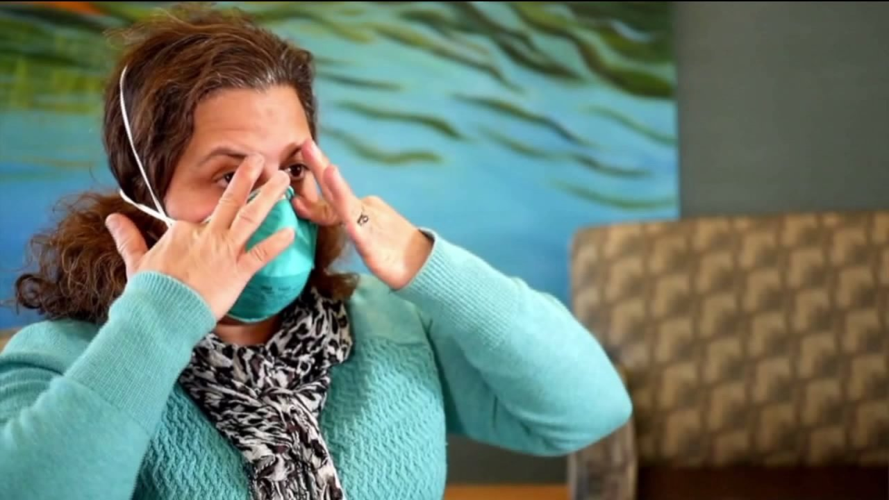 CDC menganggap panduan baru pada apakah publik harus memakai masker