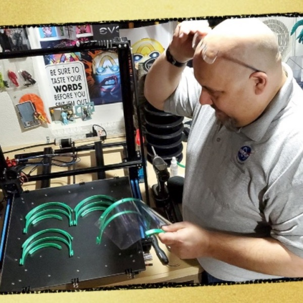 Cosplay member creates ear savers for medical workers