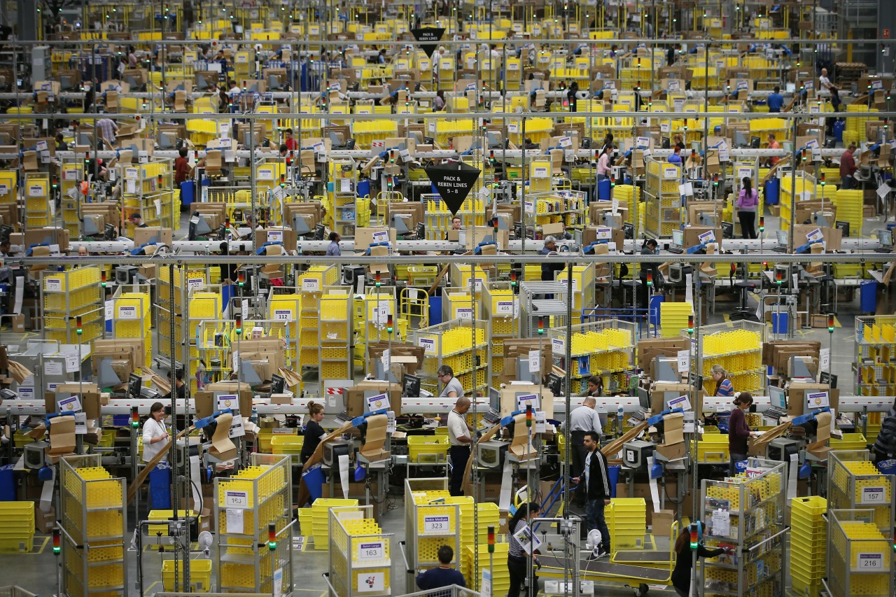 Lawsuit: Amazon warehouse workers in Colorado forced to work unpaid time