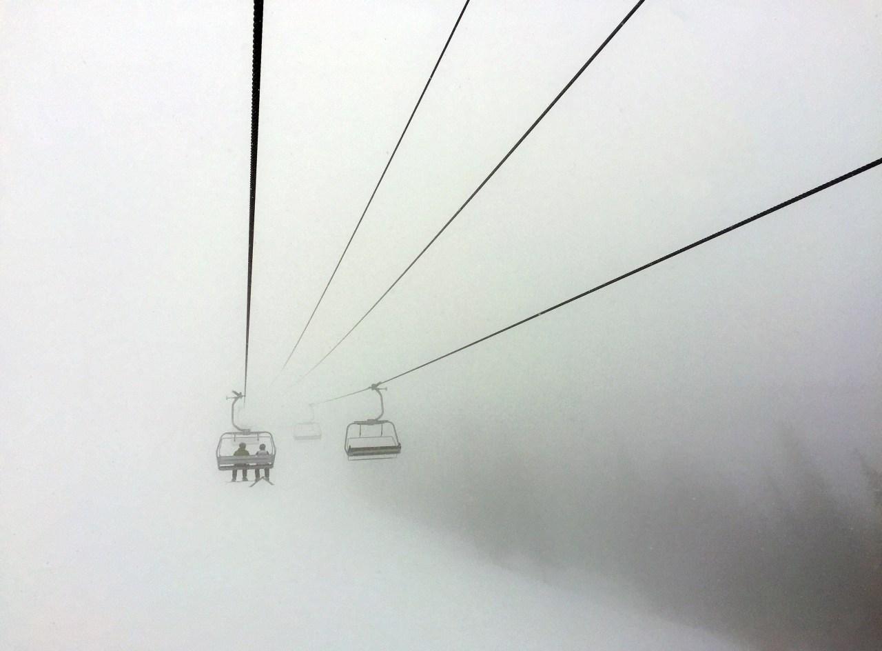 US resorts adapt to new normal of skiing amid pandemic  image
